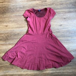 cute red/burgundy dress size jrs small